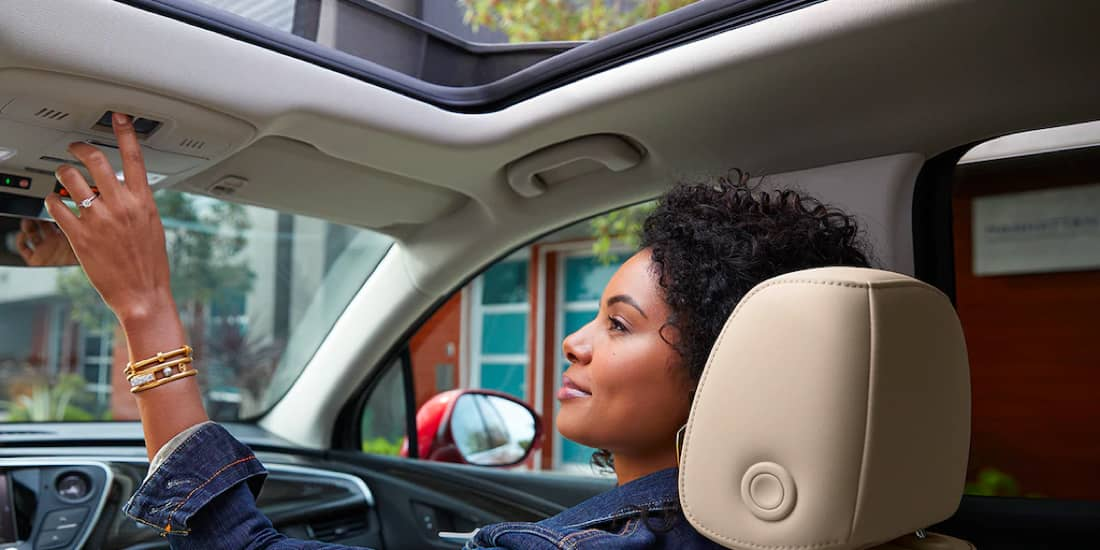 Buick Envision's panoramic moonroof