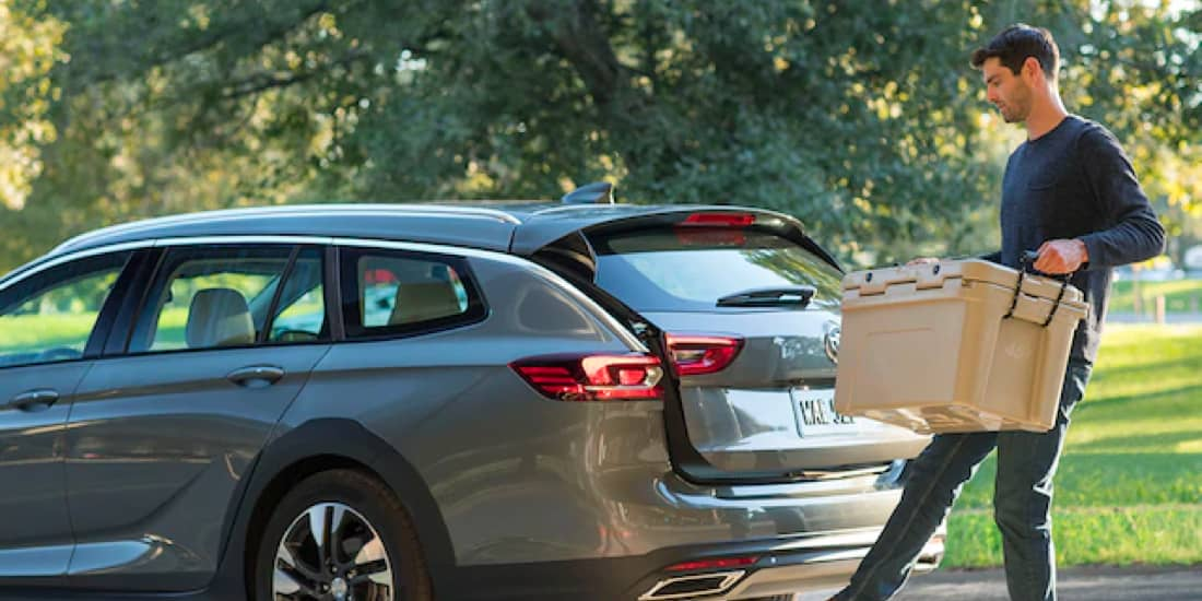 Man Using the 2019 Buick Regal TourX Hands-Free Power Liftgate