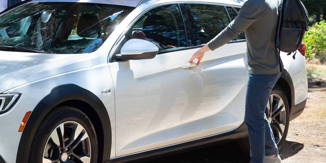 Man Using the 2019 Buick Regal TourX Keyless Open Door