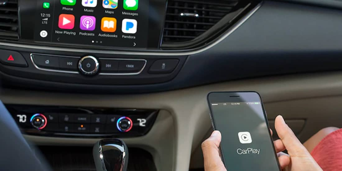2019 Buick Regal TourX with Apple CarPlay