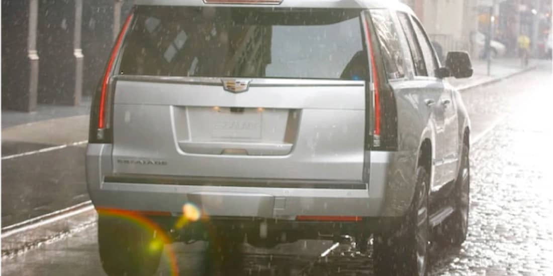 2020 Cadillac Escalade's Invisible Rear Wiper