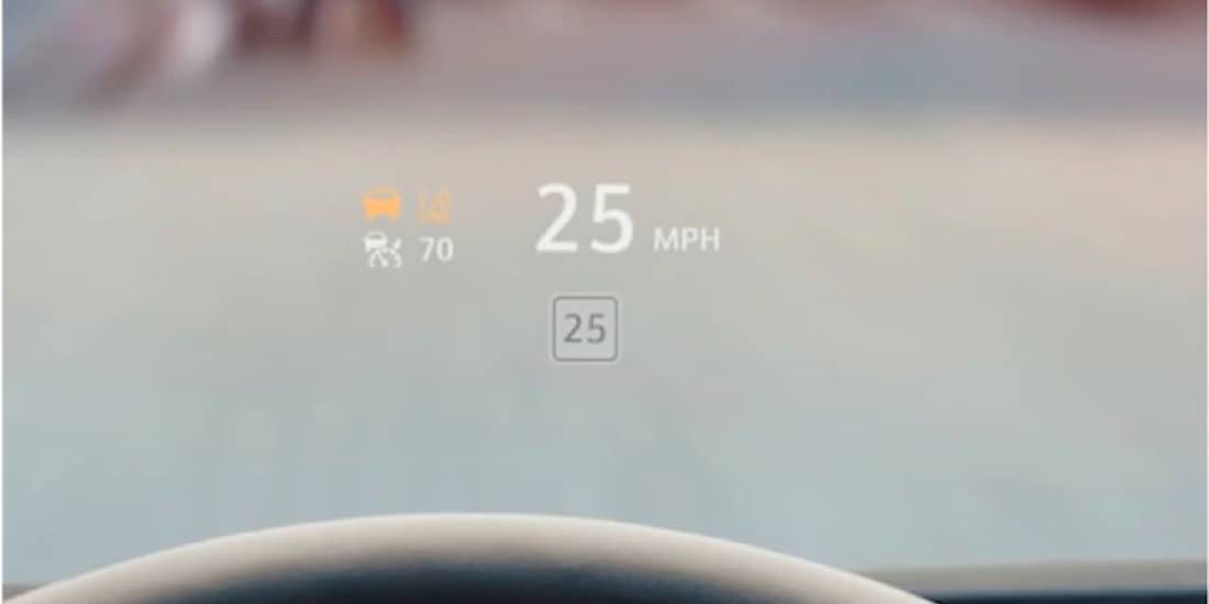 2020 Cadillac XT4's Head-Up Display