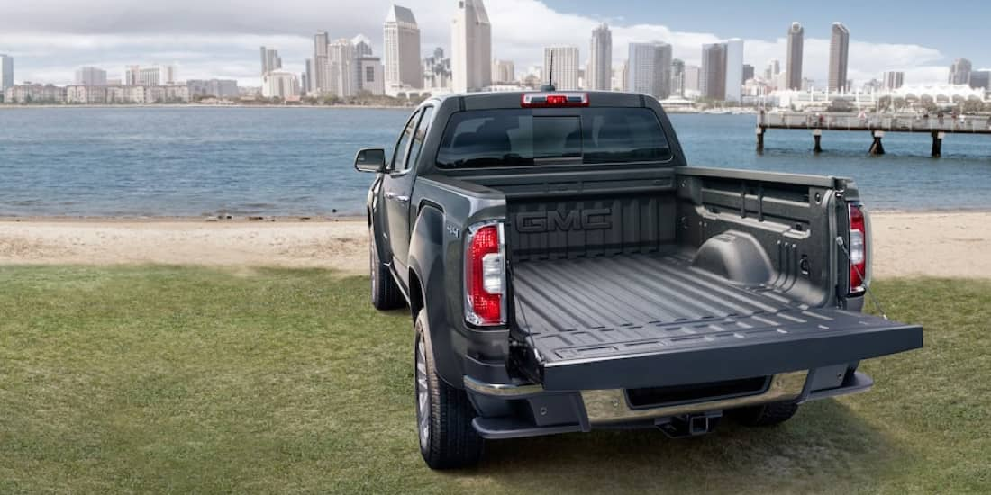 2020 GMC Canyon EZ-Lift and Lower Tailgate
