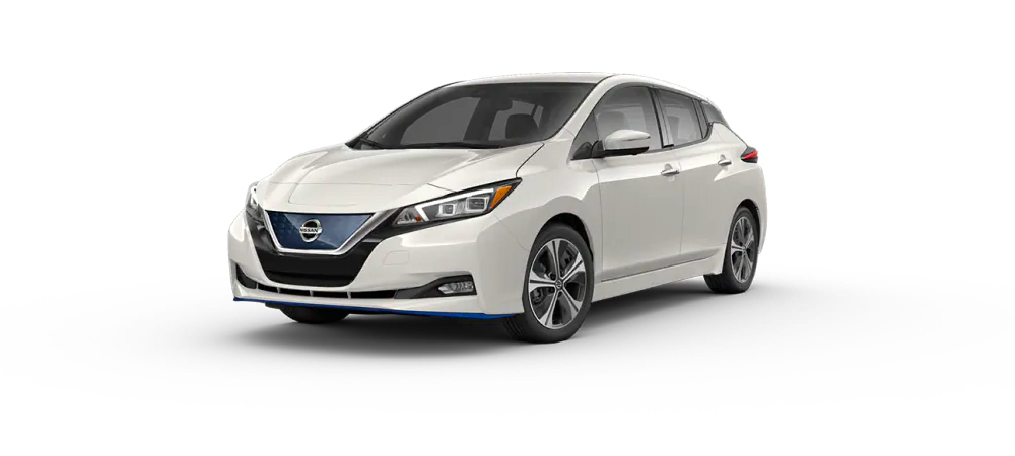 Two-Tone Pearl White TriCoat / Super Black Nissan Leaf