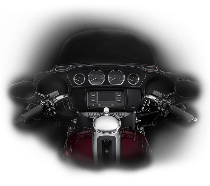 https://65e81151f52e248c552b-fe74cd567ea2f1228f846834bd67571e.ssl.cf1.rackcdn.com/TMC/2017/electra-glide-ultra-classic/features/feel/wide-set-handlebar-hd-kf180-large.png